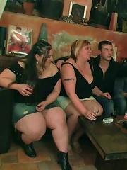 Drunken flirtation and BBW hardcore sex