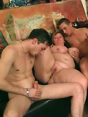 Horny fat chick rides a dick in bar