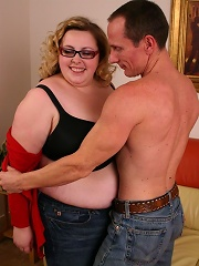 Sexy BBW Holli taking off her clothes and climbing on top to take cock pumping in her cooze live