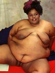Huge Ebony Plumper Stripping And Spreading With Heavy Belly
