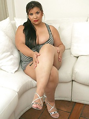 Big girl Angie getting her tits anf pussy fucked