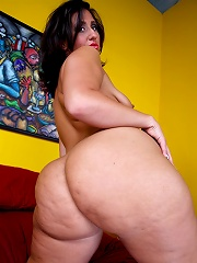 The ever popular Vanessa Blake returns for an encore of that big round bubble butt of hers. This raunchy plumper loves to take dick in her mouth and p