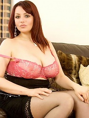 When you think of beautiful BBWs you will think of Hannah Callow from now on. This woman has the most amazing natural huge tits and likes to show them